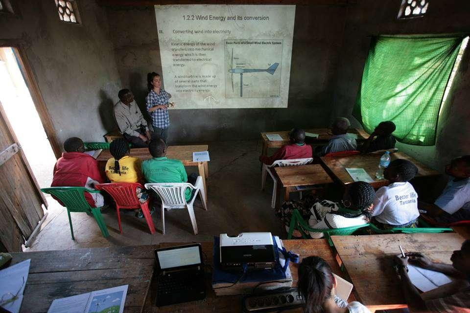 classroom_windturbine_lecture