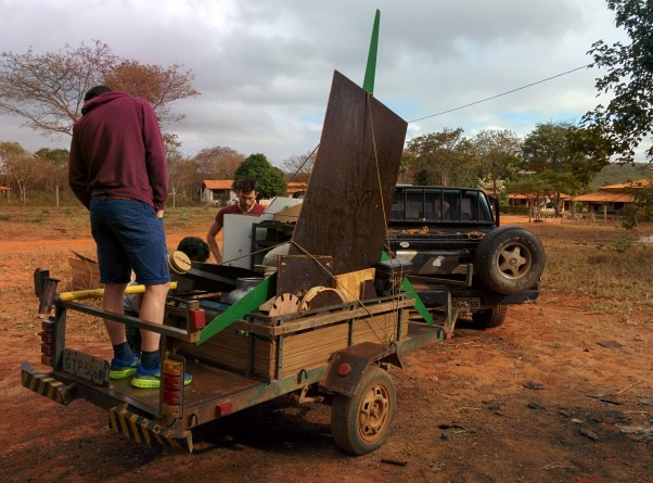 Luiz Carlos Afonso, Marco Ogno, Mark Bridger and Nick Smallman collecting material and tools from the Fazenda Mandacaru', (2013 workshop location, 35Km outside Montes Claros centre).